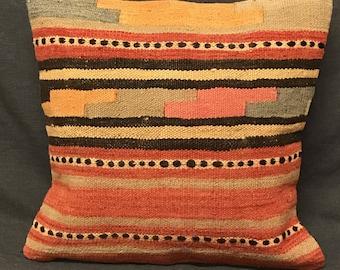 Handmade Kilim Rug Pillow, Boho Pillow, Pillow Cover, Ethnic Pillow, Turkish Kilim Pillow, Vintage Pillow, Boho Pillow, Turkish Pillow Case