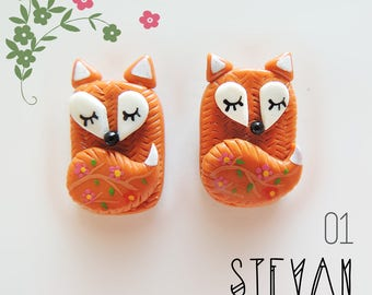 01 Pair of sweet animals earrings. In polymer clay. Fox / Hippo / Dog / Pug / Parrot / Hippopotamus