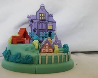 Disney Vintage Polly Pocket Cruella De Ville's Mansion