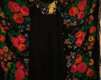 Floral embroidered and lace maxi dress