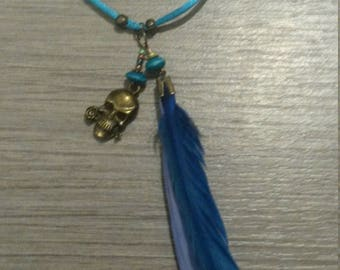 Necklace pen and death's head