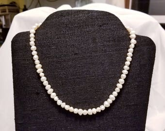 Fresh Water Pearl Necklace - Short