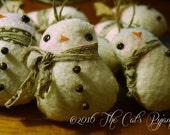 Pattern for Cute little Fleece Snowmen Ornaments Quick and easy to make primitive folk art ornies