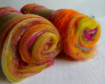 Carded Art Batt - Art Yarn - Indian Summer - Fibers for Spinning - Wool Fibres - Merino Wool - Sari Silk - Wool Batt - Orange - Pink - 50g