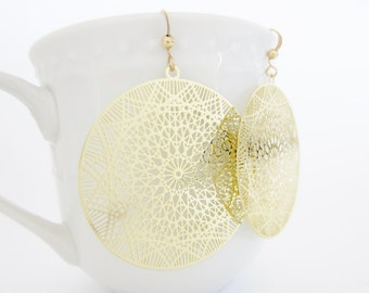 Gold Filigree Earrings, Laser Cut Earrings, Delicate Earrings, Round Gold Earrings, Dreamcatcher Earrings, Trendy Jewelry, big earrings