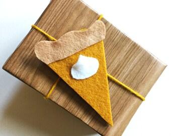 Pumpkin pie gift tag/ornament