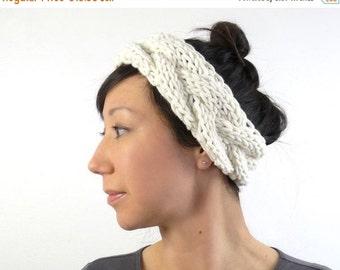 15% OFF SALE: Ballerina Style Chunky Knit Headband / Ear Warmer in Soft Porcelain. Romantic Fall / Winter Fashion Handmade in France.