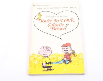 You're in Love, Charlie Brown, Peanuts, Vintage, Children's, Book  ~ The Pink Room ~ 160911