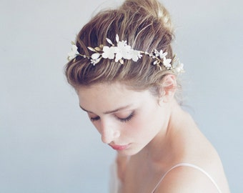 Bridal clay flower hair vine - Wavy floral dewdrop hair vine - Style 788 - Made to Order