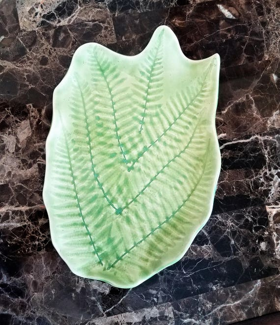 Fern Leaf Serving Tray - Cheese Tray - Dessert Tray - Serving Tray - Appetizer Tray - Fern Leaf - Handmade Pottery - Housewarming - Fern