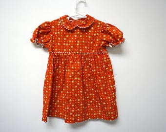 Ceil Ainsworth . hearts and daises red dress . fits like a small or a 6 - 7