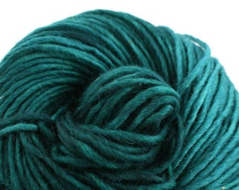 Brunswick Hand Dyed chunky weight 70/30 Corriedale wool Mohair blend yarn 140 yds 4oz Emerald