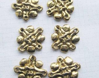 Vintage Link Antiqued gold tone charms x 2 pieces