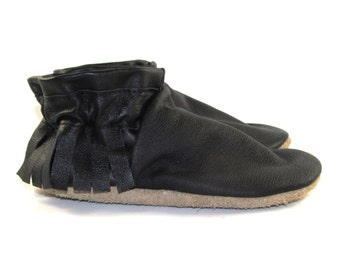 Kid's Size 11 Black Leather Moccasins, Moccs, Shoes