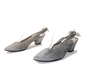 Vintage 80s Grey Suede Slip on Slingback Shoes/// Low Heel Glam Party Shoes// Size 7