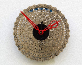 Bike Gear Clock, Bike Gear Clock, bike parts clock, cyclist gift, boyfriend gift, bicycle parts gift, unique repurposed bike clock, Recycled
