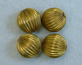 VINTAGE Ribbed BRASS Plated Beads 12mm pkg4 m71