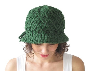 20% WINTER SALE NEW! Green Pretty Woman Hat