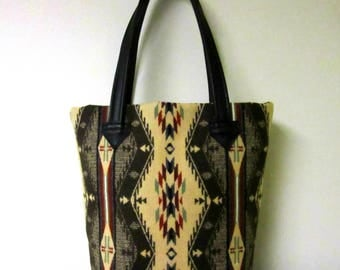 Tote Bag Bucket Bag Purse Wool Black Leather 5 Pockets Native American Print Wool from Pendleton Oregon