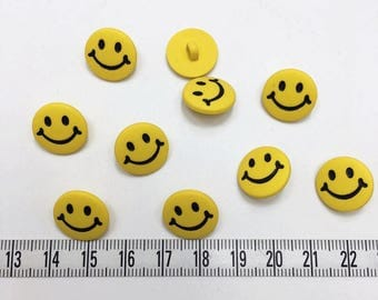 20 pcs of Yellow Smiley Button - 15mm