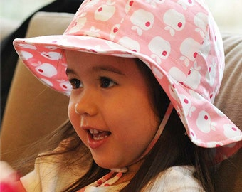 Kids Sun Hat with Chin Strap, Drawstring Adjust Head Size, Breathable 50+ UPF (Pink Apple)