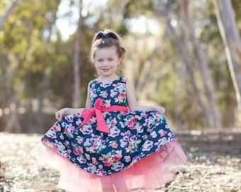SAMPLE SALE - Evie Dress in Woodland Rose - Size 4