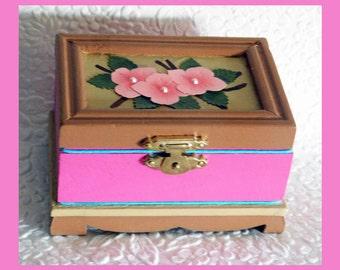 no.1, Wood Trinket Box, Hand Painted Box, Jewelry Holder, Keepsake Box, Wood Jewelry Box, Unique Gift, Jewelry Organizer, Floral Jewelry Box