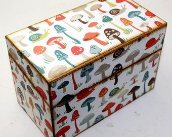 Bridal Shower Recipe Box Retro Mushrooms Fits 4x6 Recipe Cards