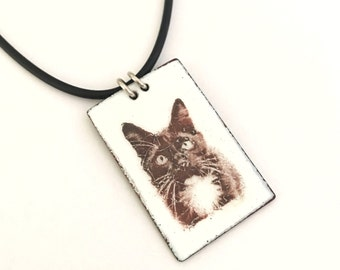 Personalized Pet Photo Pendant, Enamel Cat Pendant, Dog Pendant, gifts for pet parents, Pet Jewelry, Memorial Jewelry, Cyber Monday
