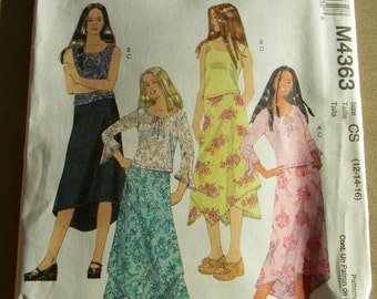 2004 McCalls Girls Tops and Lined Skirts Pattern #4363 Uncut, Multisizes