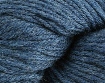 Sapphire Cascade 220 Heathers Yarn 220 yards 100% Peruvian Highland Wool color 9332