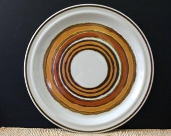 Corona. 1970s stoneware chop plate.