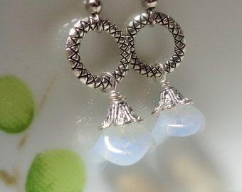 White Earrings, Flower Earrings, Bridesmaid Gift, Dangle Earrings, White Flower Earrings