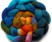 Roving Targhee Handdyed Combed Top - Cliffs, 4 oz.