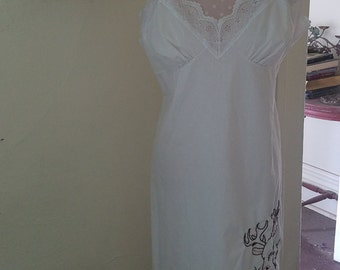 Embroidered deer full cotton slip