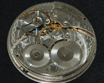 Vintage Antique Waltham Watch Pocket Watch Movement with metal face Dial Steampunk S 84