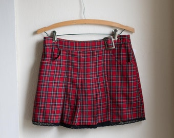 Vintage 90's Plaid High Waisted Red Skirt // GRUNGE High Waist Mini Skirt -  29 inch Waist