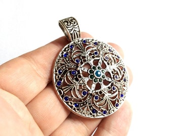 1pc- Matte Silver Plated Circle Textured wit bead  Pendant-60x45mm-(419-039)
