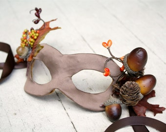 Sylvie - Autumn Masquerade Fairy Mask with Acorns and Fall Leaves - Size PETITE