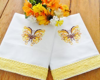 NOS  Yellow Gold Butterfly Pillowcases, Gold Pillowcases, Butterfly Pillowcases, Never Used, Percale Pillowcases, Machine Embroidery