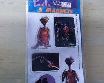 5 E.T. The Extra Terrestrial Magnets Brand New