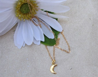 Gold Moon Necklace, This is Us Necklace, Rebecca Moon Necklace, Gifts for her, Layering Necklace, Mandy Moore Necklace, Crescent Moon
