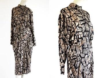 Barbara Barbara California Tan and Black Rayon Batwing Sleeve 80's Long Sleeve Snake Abstract Print Ruched Drop Waist Dress