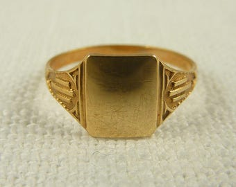 Size 4.25 Antique Art Deco Ostby & Barton 10K Gold Child's Signet Ring- Blank