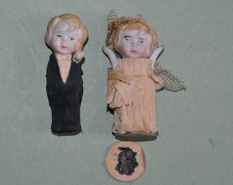 Vintage Bisque Bride & Groom Dolls Wedding Cake Toppers Crepe Paper Clothes