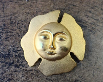 Gold Face Brooch / Sun face Pin / Vintage 80's Costume Jewelry