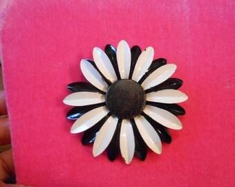 Vintage enamel flower brooch black and white brooch oversized daisy brooch