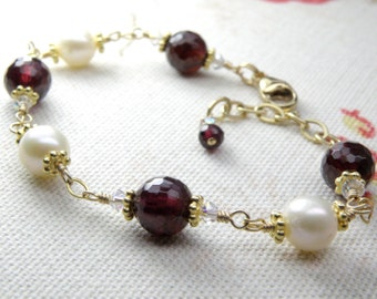 Natural Garnet and Freshwater Pearl Bracelet, 14k Gold Filled, Chain and Link, Red Stone, January Birthstone Birthday, Handmade Jewelry