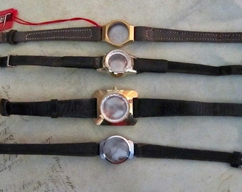 Vintage  Watch parts - watch Cases with bands -  Steampunk - Scrapbooking  t72