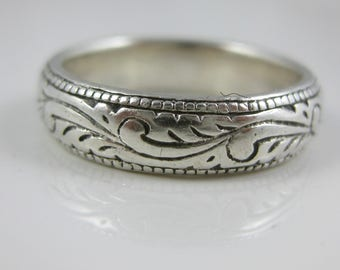 Size 8 Vintage Sterling Silver Swirl Pattern Ring
